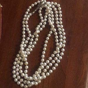 XL pearl necklace